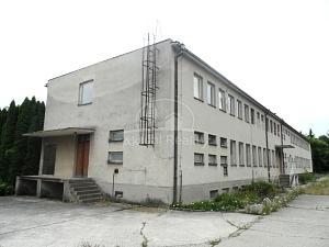 Budova Bojnice na predaj, šľachtiteľská stanica Bojnice - Nehnuteľnosti - Bojnice